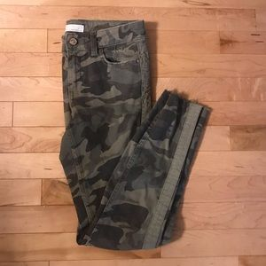 Zara camouflage pants with velvet stripe